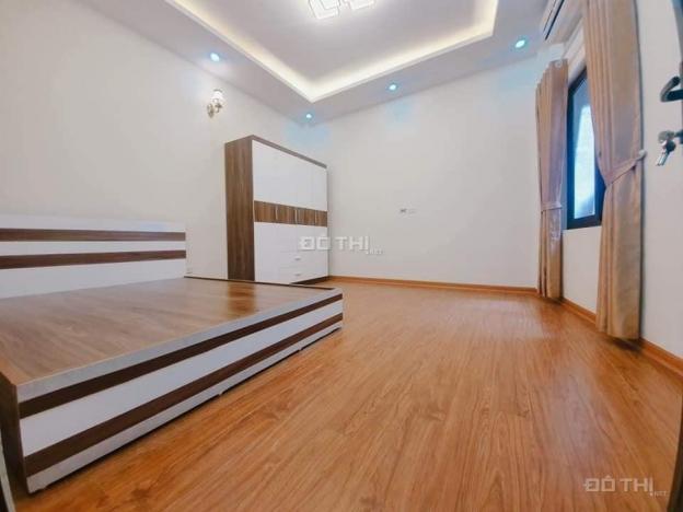 Cần bán cực gấp ngôi nhà Vũ Tông Phan, 4 tầng chỉ 2.3 tỷ, S = 29m2, MT = 6m 12833807