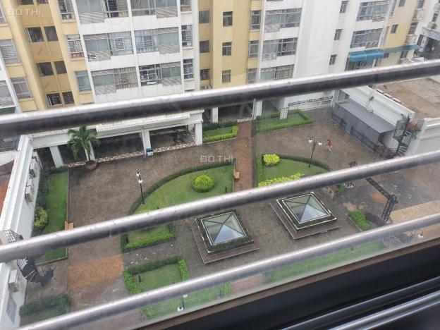 Bán căn hộ chung cư Sky Garden 3, 70m2, sân vườn giá 2.6 tỷ TL, LH: 0901142004 Hòa 12853226