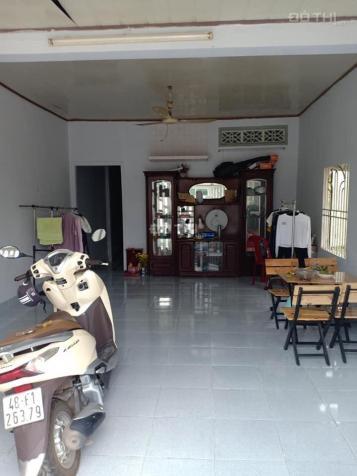 Cho thuê nhà 2 phòng ngủ phường Phú Thọ, Thủ Dầu Một, Bình Dương. Giá: 4.5tr/th, 0917829339 12890715
