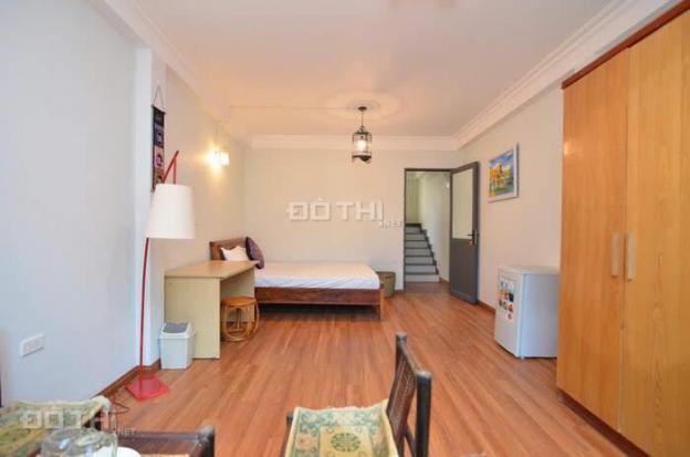Cho thuê nhà riêng, khu vực Tây Hồ, 3 ngủ, 3 vệ sinh, full đồ, giá 20 triệu/tháng. LH 0969.866.063 12893660