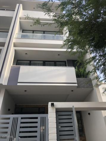 Cần cho thuê nhà nguyên căn hầm + 4 lầu, 6 PN + 6 WC có thang máy trong KDC Vạn Phúc, QL13, Thủ Đức 12899052