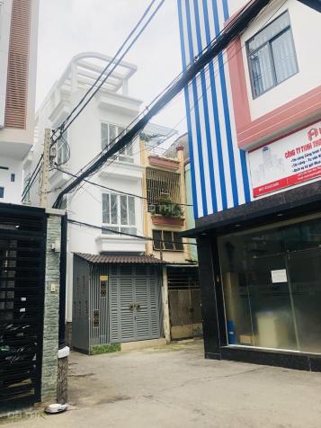 Cho thuê gấp khách sạn Nguyễn Trãi, Q.1, DT: 7x15m, 5T, 17PN tự khai thác cực tốt. LH: 0911709779 12914068