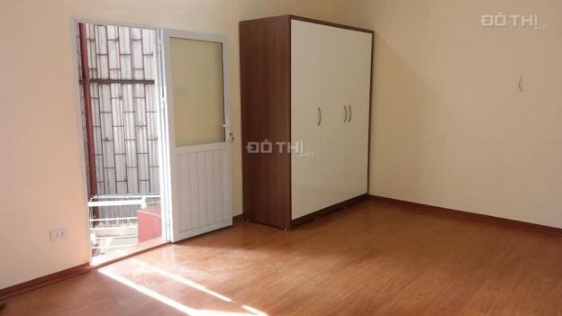 Bán nhà ở đường Đại Cồ Việt, 2 mặt thoáng, ở luôn, 28m2 x 4T, giá 2.1 tỷ 12930498