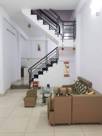 Bán nhà Vĩnh Khánh, 2 phòng ngủ, vài bước ra khu ẩm thực 12932625