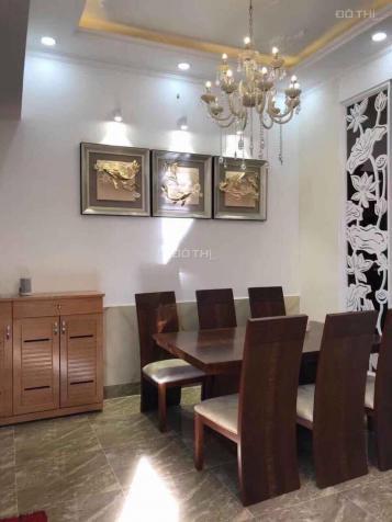 Cần bán nhà đẹp, hiếm DTSD 131,6m2 ở Nguyễn Hữu Lầu, quận 7, full NT, đồ cao cấp. LH 0974362472 12958969