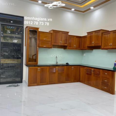 Bán nhà riêng đường Huỳnh Tấn Phát DT 5m x 16m, 3 lầu, giá 5.8 tỷ 13003272