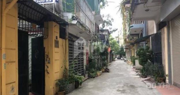 Bán gấp nhà SĐCC ôtô đỗ cửa trong ngõ phố Phương Mai, DT 64m2, 3 tầng, MT 4,5m, giá 5.8 tỷ 13043860