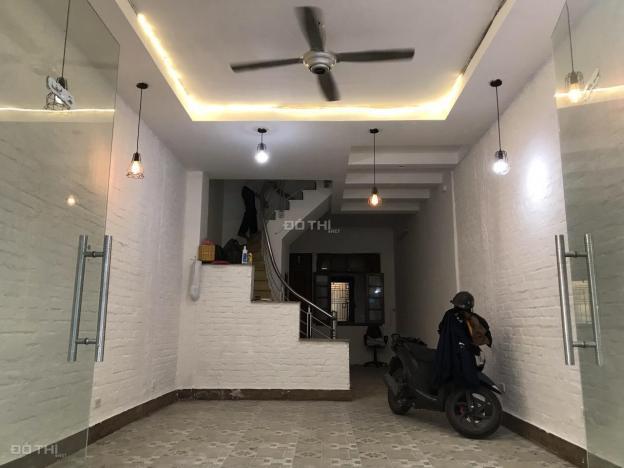 Mặt bằng kinh doanh phố số 30/40 Nguyễn Thị Định. DT 53m2 x 5T, MT 4m, giá 28 tr/th 13061881