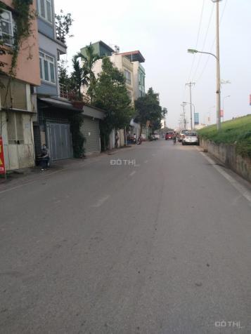 Nhà sát mặt phố Ngọc Thụy, gần trường Pháp, ô tô 7 chỗ đỗ cửa, 4 tầng. 2,85 tỷ 13105321