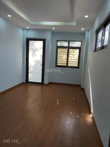 Cần bán nhà phố Bồ Đề, Long Biên, ô tô, 5 tầng 2.1 tỷ, 0948120564 13110360