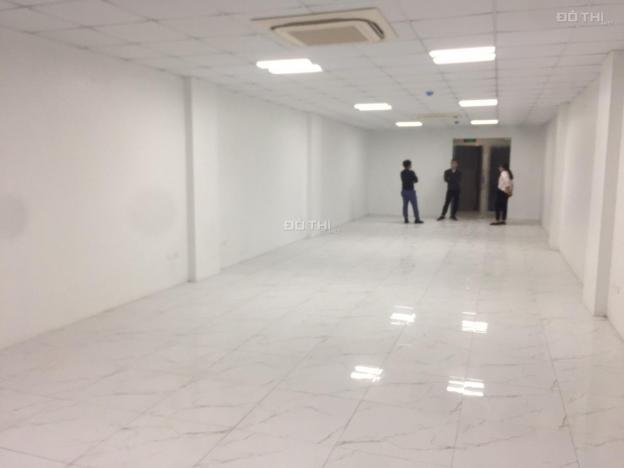 Cho thuê văn phòng view kính, giá rẻ tại phố Hoàng Văn Thái, Nguyễn Ngọc Nại 13124618