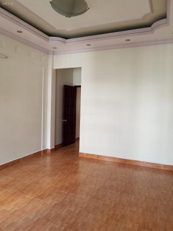 Nhà cho thuê hẻm 622 Cộng Hòa, Tân Bình, nhà 3 lầu 5 phòng mới đẹp. Giá chỉ 19 triệu/th 13139331