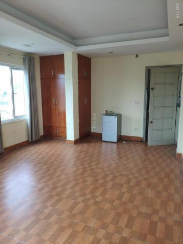 Cho thuê tầng 2 tại mặt phố Quần Ngựa - Ba Đình làm văn phòng hoặc kinh doanh sạch đẹp 13148486