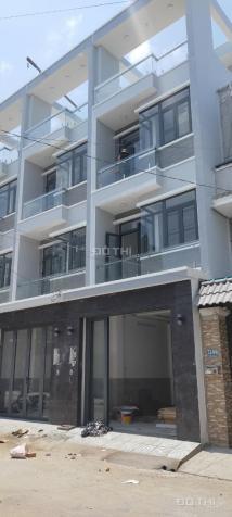 Nhà mới sổ hồng riêng, mặt tiền đường 12m khu dân cư Sài Gòn Mới 13186682