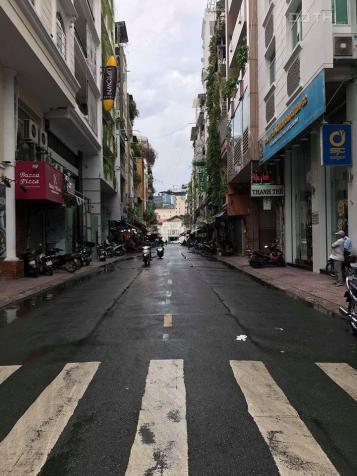 Cho thuê mặt bằng đường Lưu Văn Lang, Phường Bến Thành, cách chợ Bến Thành 50 bước chân 13227378