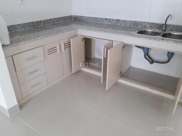 Cho thuê 2PN, 1WC, 61m2 chung cư 1050 đường Phan Chu Trinh, P12, Bình Thạnh 13235702