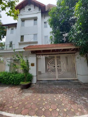 Bán nhà biệt thự Nguyễn Sơn, Long Biên, DT 125m2 x 3 tầng giá chào 6,6 tỷ 13315693