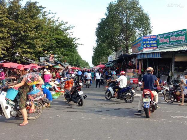Đất mặt tiền chợ trung tâm gần trường tiểu học liên hệ ngay Ms. Viên 13332734