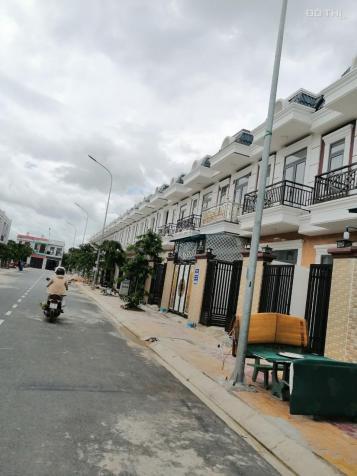 Bán gấp lô đất ĐT 743 có sổ gần chợ Phú Phong giá rẻ 13345452