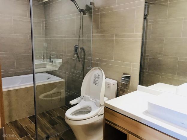 Cho thuê căn hộ 3 phòng ngủ đồ cơ bản 128m2 Sky Park Cầu Giấy 13378012