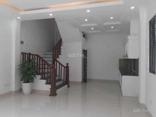 Cần bán ngay - nhà Nguyễn Sơn, Long Biên 43m2, 5T, 4,1 tỷ (LH: 0965 722 358) 13395901