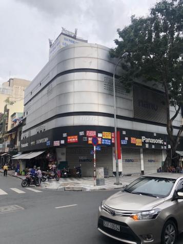 Cho thuê mặt bằng Trương Định, Quận 1, cạnh chợ Bến Thành (600m2) 13413936