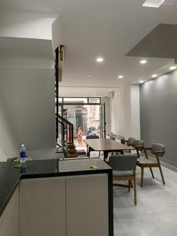 Bán nhà mới xây hẻm xe hơi đường Thiên Phước, Phường 9, Tân Bình 4x12m, 2 lầu, sân thượng 13436109