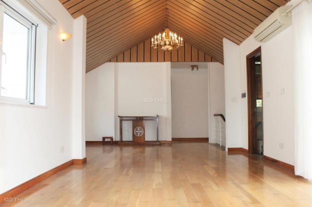 Cho thuê biệt thự Hoa Sữa view sông sân vườn rộng Vinhomes Riverside Long Biên 13438312