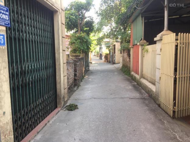 Đất rẻ nhất Thạch Bàn, gần chợ Đồng Dinh DT 55m2, giá 36tr/m2, cách đường ô tô 10m2 13439750
