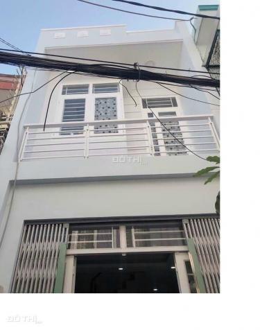 Li dị bán gấp nhà 1 trệt 1L Nguyễn Thị Định, Q2, 67m2, giá TT 850tr sổ riêng gần chợ. Lh 0776645062 13440167