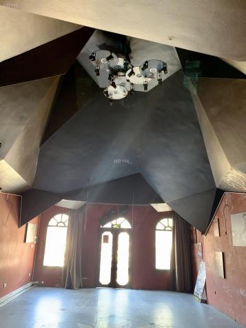 Cho thuê nhà 61 Mã Mây, Hoàn Kiếm, DT 170m2 x 4 tầng mặt tiền 7m giá covid 115,25 tr/th 13439188