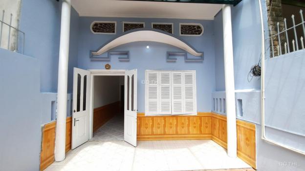 Cho thuê nhà đẹp 2 tầng 95m2, giá tốt ở đường Đức Giang, Long Biên 13477941
