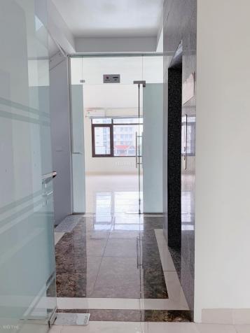 Giảm giá 30% - Thuê văn phòng 30 - 50 - 80m2 tại ngã 4 Hoàng Quốc Việt giá chỉ còn 5 triệu/tháng 13483784