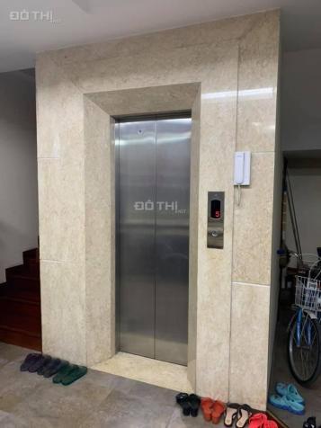 Cực hiếm: MP Xã Đàn 7 tầng thang máy có hầm, vỉa hè 6m, 80m2, chỉ 30 tỷ. LH: 0902236988 13492385