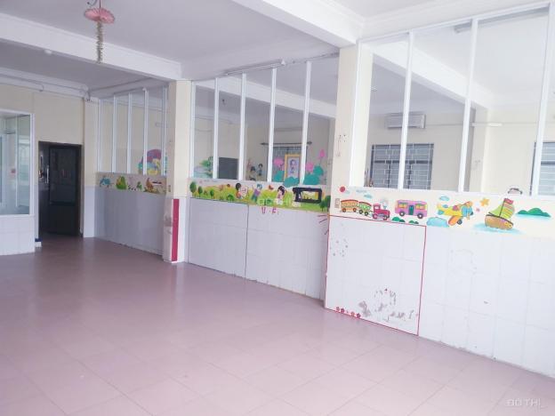 Cho thuê nhà 3 tầng, ngang 10m phù hợp làm trà chanh, trà sữa, bi a, trường học 13494192