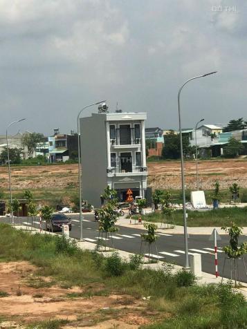 Kẹt tiền cần bán gấp lô đất mặt tiền đường ĐT 742 phường Vĩnh Tân, 70m2 giá 650 tr thổ cư 100% 13503245