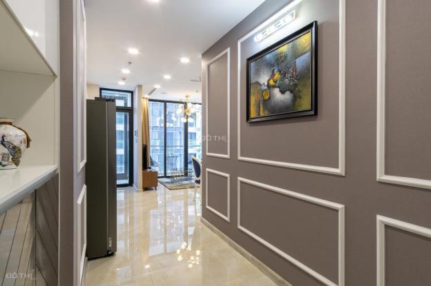 Cho thuê căn hộ chung cư tại dự án Vinhomes Golden River Ba Son, Quận 1, Hồ Chí Minh giá 26 Tr/th 13534402