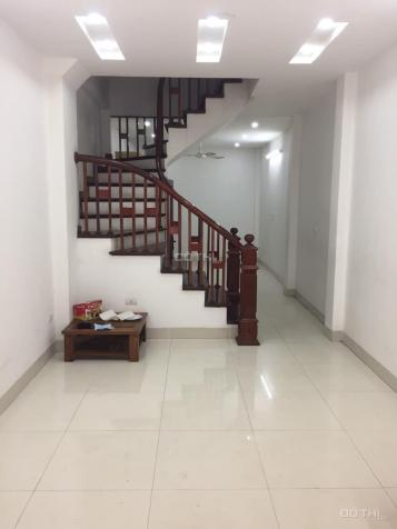 Cho thuê nhà 5 tầng Nguyễn Sơn, Bồ Đề, Long Biên. 40m2/sàn, giá: 12 triệu/tháng, Lh: 0328769990 13548782