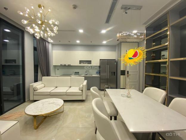 Chính chủ cần cho thuê căn hộ Vinhomes Golden River 2PN 70m2 giá 22 tr/tháng full NT 13560759