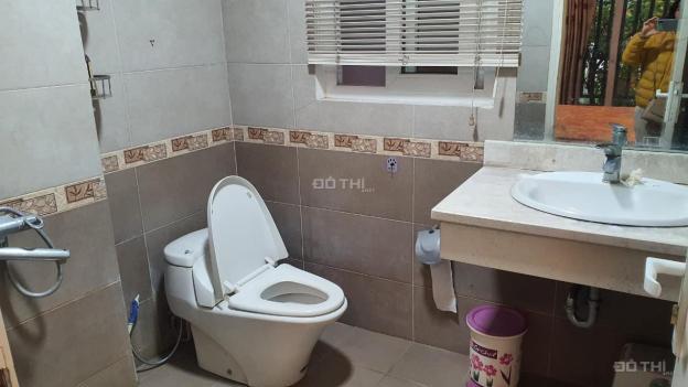 Cho thuê nhà 4 tầng mới xây ngõ ô tô Thạch Bàn, Long Biên, 76m2/sàn. Giá: 13,5 triệu/tháng 13560875