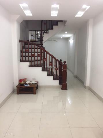 Cho thuê nhà mặt ngõ 5 tầng 40m2 mới xây ở Nguyễn Sơn, Long Biên 10tr/th 13562027