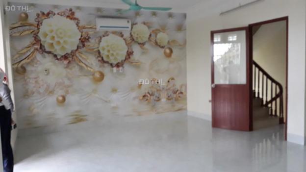Cho thuê nhà 5 tầng thang máy, MT 9m tại đường Nam Đuống, quận Long Biên 13568305