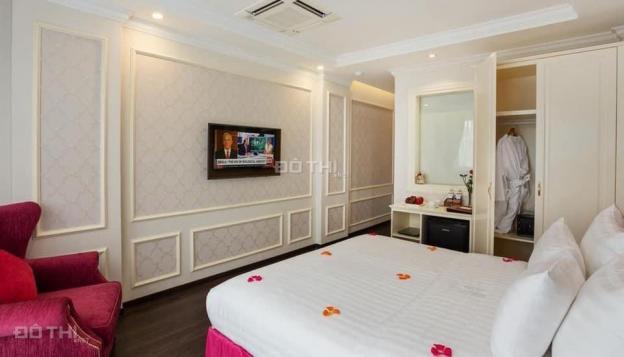 Vỡ nợ bán gấp khách sạn trứng vàng diện tích 90m2, doanh thu 1 tỷ/ tháng ở trung tâm quận Hoàn Kiếm 13579013