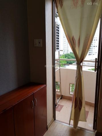 Cho thuê CHCC Khánh Hội 1, Bến Vân Đồn, Quận 4, 2PN, view sông, nội thất đủ, nhà đẹp 13588655