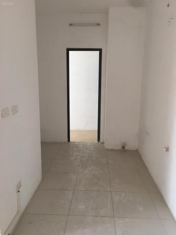 Cho thuê căn hộ chung cư Golden West Số 2 Lê Văn Thiêm 96m2 đồ cơ bản giá rẻ, LH: 0903296691 13588742