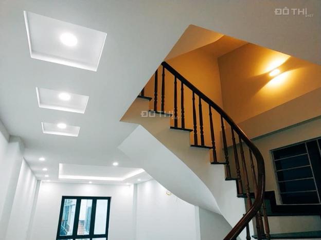 Cho thuê nhà mới 5 tầng Ngọc Thụy, Long Biên, 60m2/sàn. Giá: 11 triệu/tháng, LH: 0984.373.362 13595929