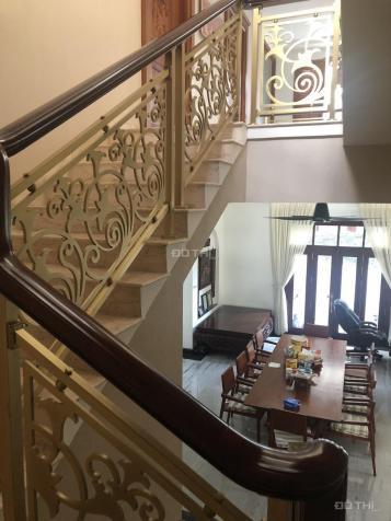 Villas Phú Mỹ Hưng - Khu Nam Quang diện tích 15 x 18m. Kiến trúc cổ điển, giá 62 tỷ 13596097