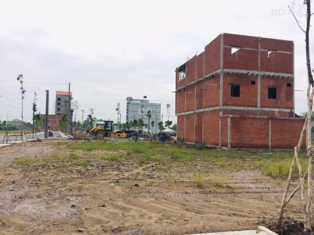 Bán đất lô góc 2 mặt tiền đường 16m. Tiện kinh doanh, buôn bán, SHR thổ cư, LH 0916.835.179 13597311