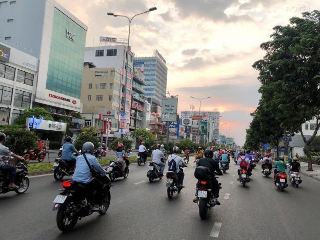 Giảm sốc 1 tỷ nhà mặt tiền Cộng Hòa Tân Bình, 90m2 (5x18m), 4 lầu chỉ 20 tỷ. LH: 0902675790 13610801