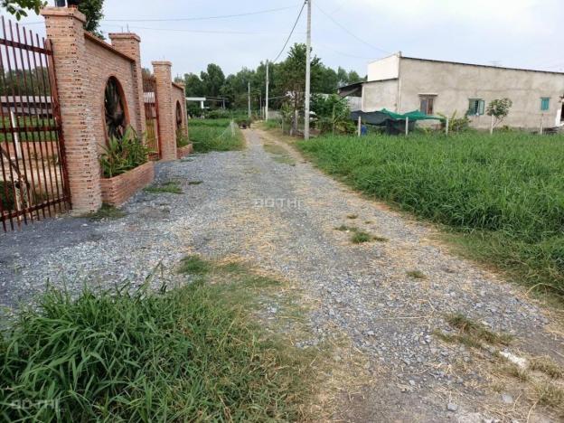 Lô đất 1/ tại Lê Thị Bay vị trí đẹp 13611806